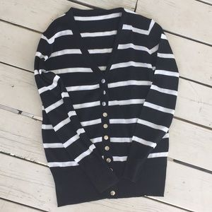 NEW Black & white long sleeve snap button cardigan